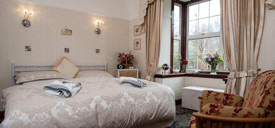 Bed and Breakfast Kinlochleven, West Highland Way, header-slide-03.jpg